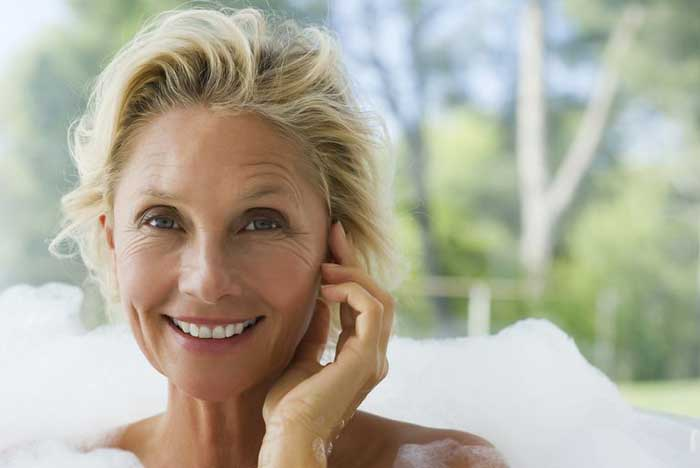 curare il viso a 50 anni